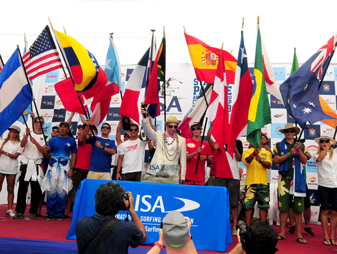 ISA President Fernando Aguerre amongst the flags of the National Teams declared the 2013 ISA World SUP and Paddleboard Championship officially open. Photo: ISA/Tweddle.