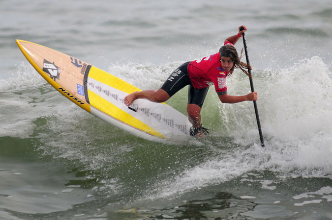 Local favorite, Brissa Malaga from Peru, was one of today's standouts in Women SUP Surfing. Photo: ISA/Tweddle