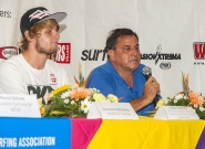 Casper Steinfath from Denmark and Team Manager of Ncaragua Ronaldo Urroz. Credit: ISA/Rommel Gonzales