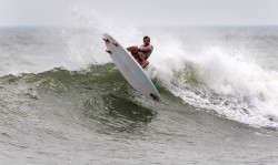 Free_Surf_La_Boquita_Beach_ISA_Rommel_Gonzales_10