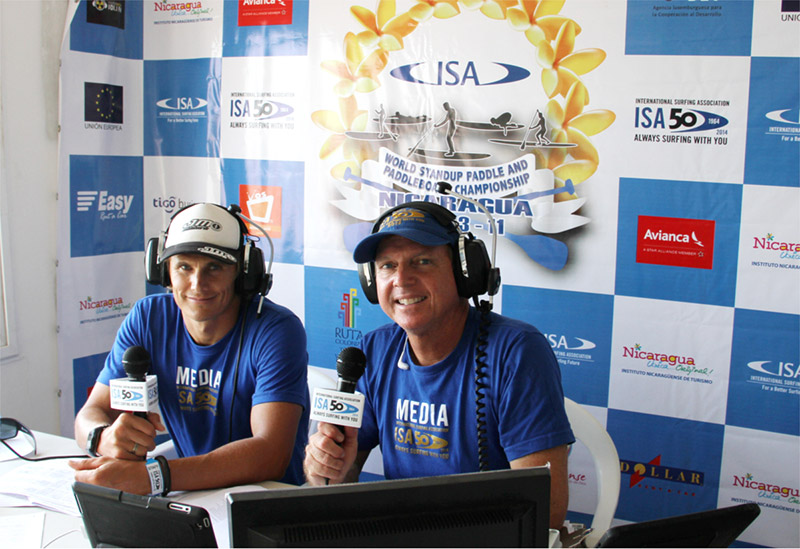Webcast announcers ISA World Champion, Jamie Mitchell and host, Beau Hodge. Photo: ISA/Jose Duarte